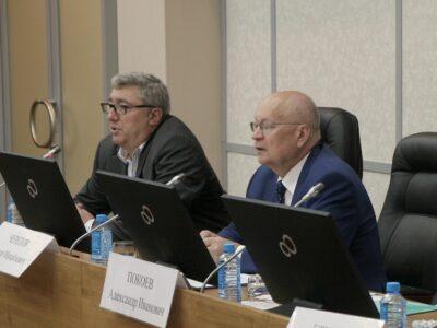 Во Владивостоке обсудили вопросы выдачи СТ-1 и льготного лекарственного обеспечения